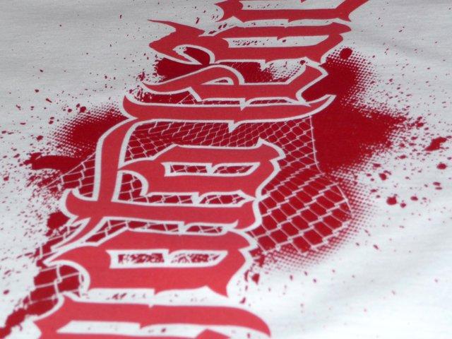 So sieht es aus, wenn Sie Bandshirts bei Shirtigo bedrucken lassen.